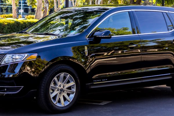 lincoln mkt exterior2